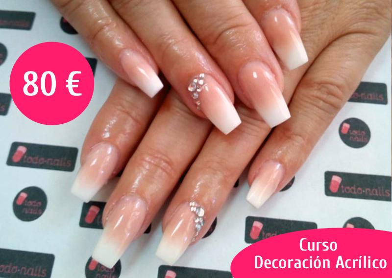 Curso de decoración de uñas de acrílico